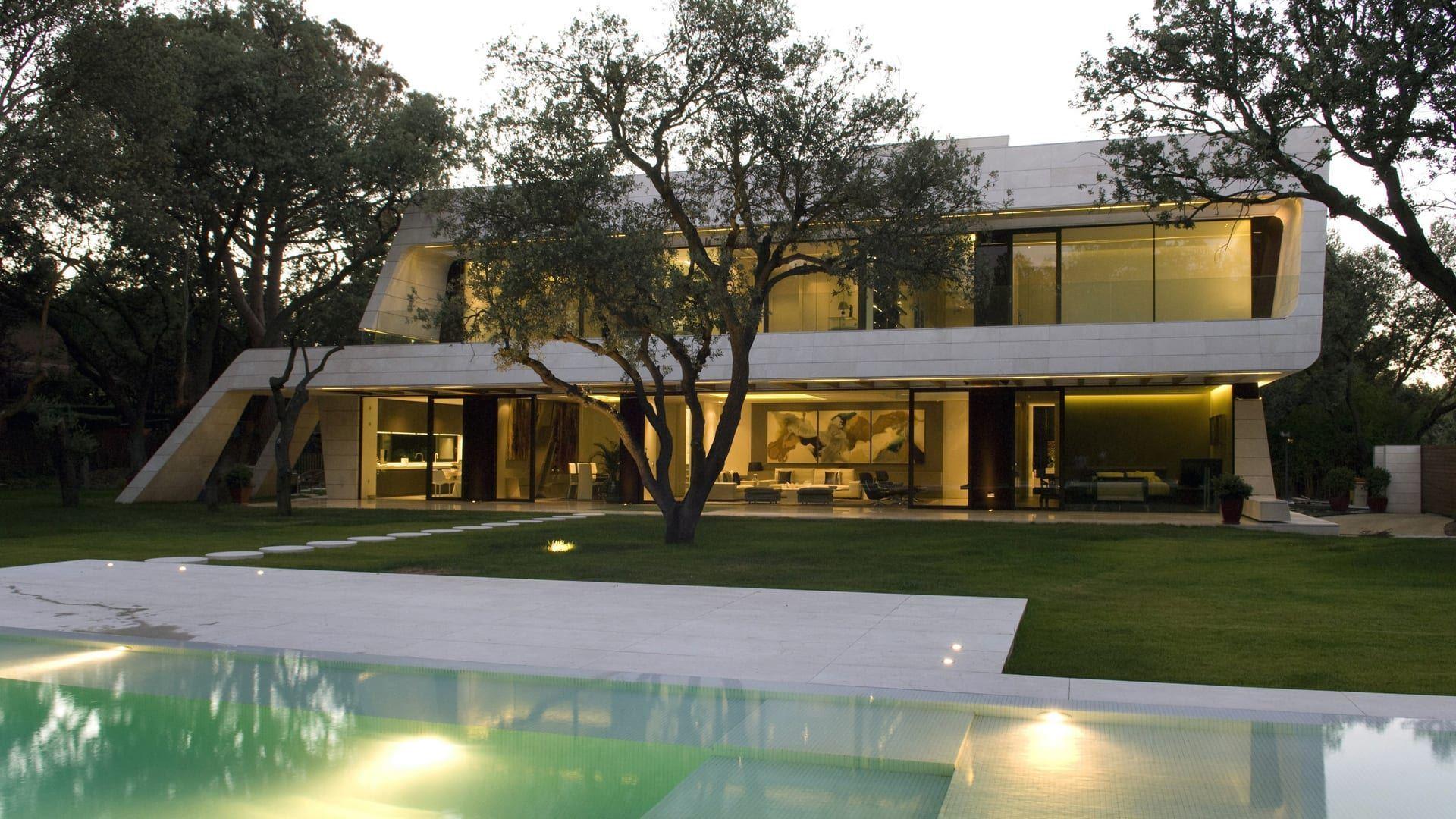 Realizzare una facciata inclinata a geometria variabile for Software di progettazione domestica di piano terra