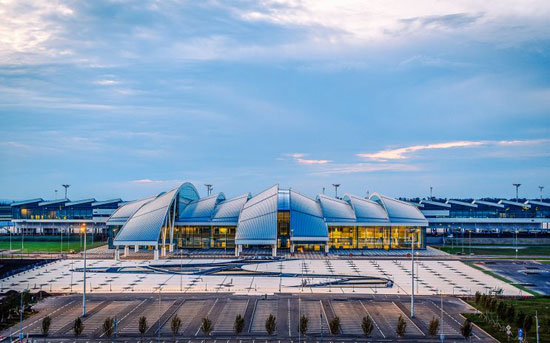 aeroporto di platov